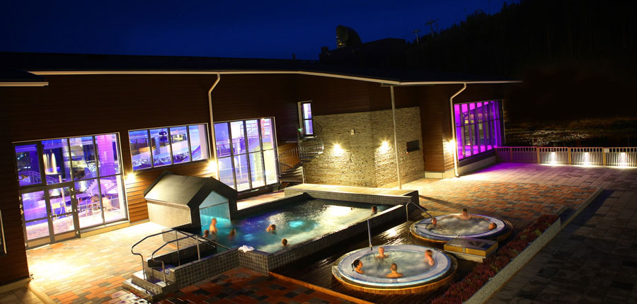Levi Hotel Spa (Levitunturi), outdoor hot tubs.jpg